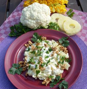 Sałatka z kalafiora i ananasa